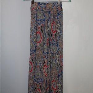 Pants - Wide leg flow pants